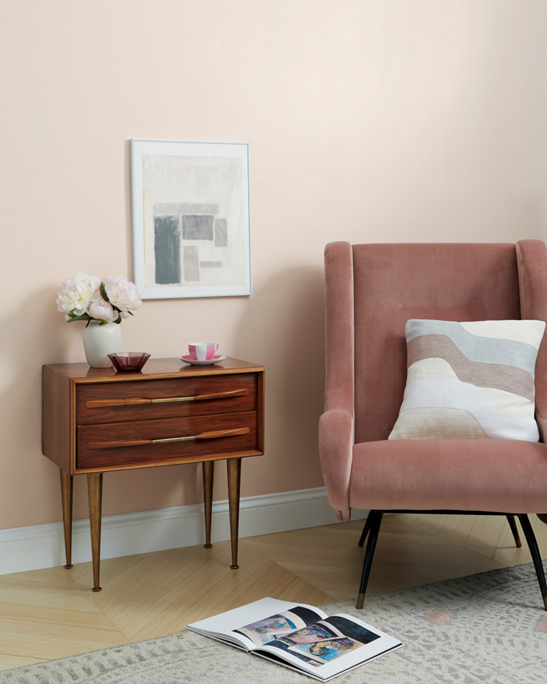 Clare paint light pale pink color in room