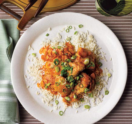 Easy chicken recipes - slow-cooker crock pot Curried Chicken With Ginger and Yogurt
