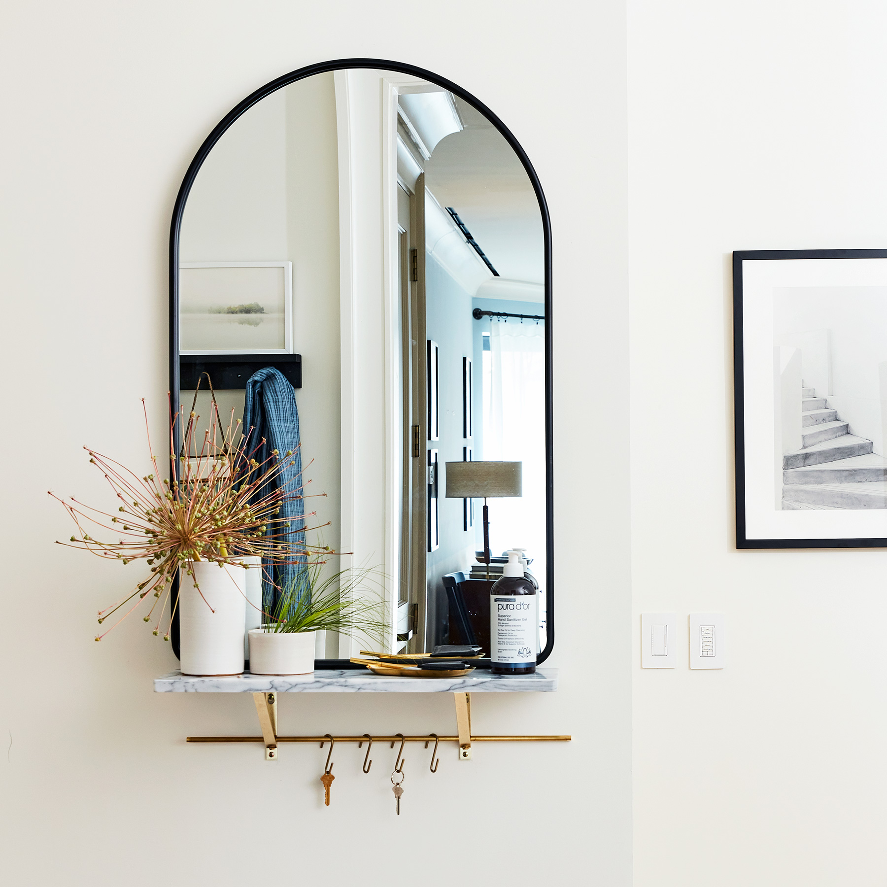 2020 Real Simple Home Tour: Mirror