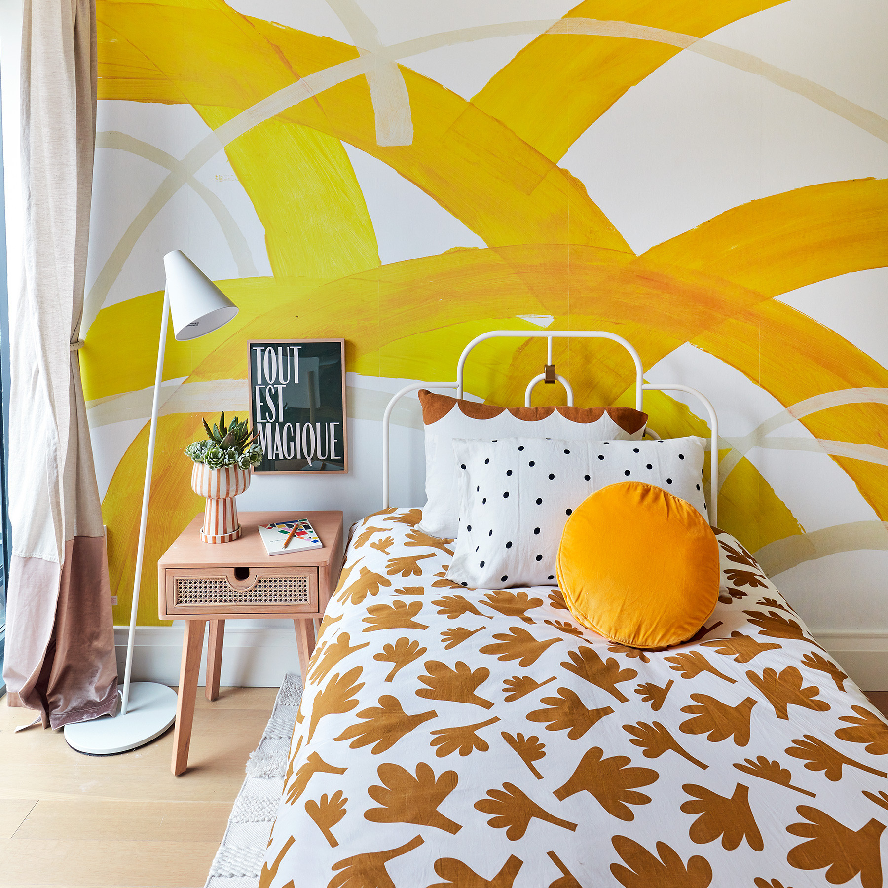 2020 Real Simple Home Tour: Tween Room