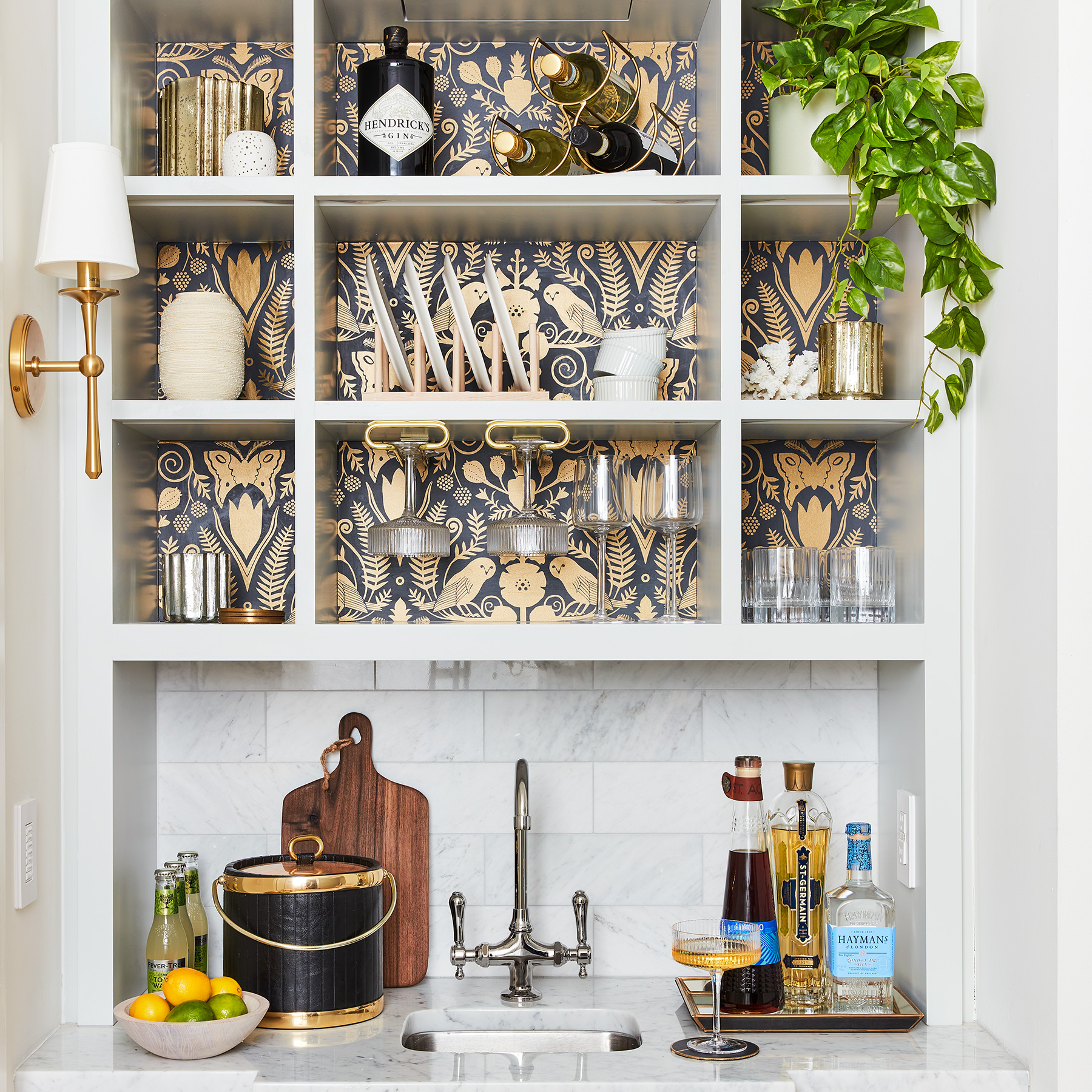 2020 Real Simple Home Tour: Wet Bar