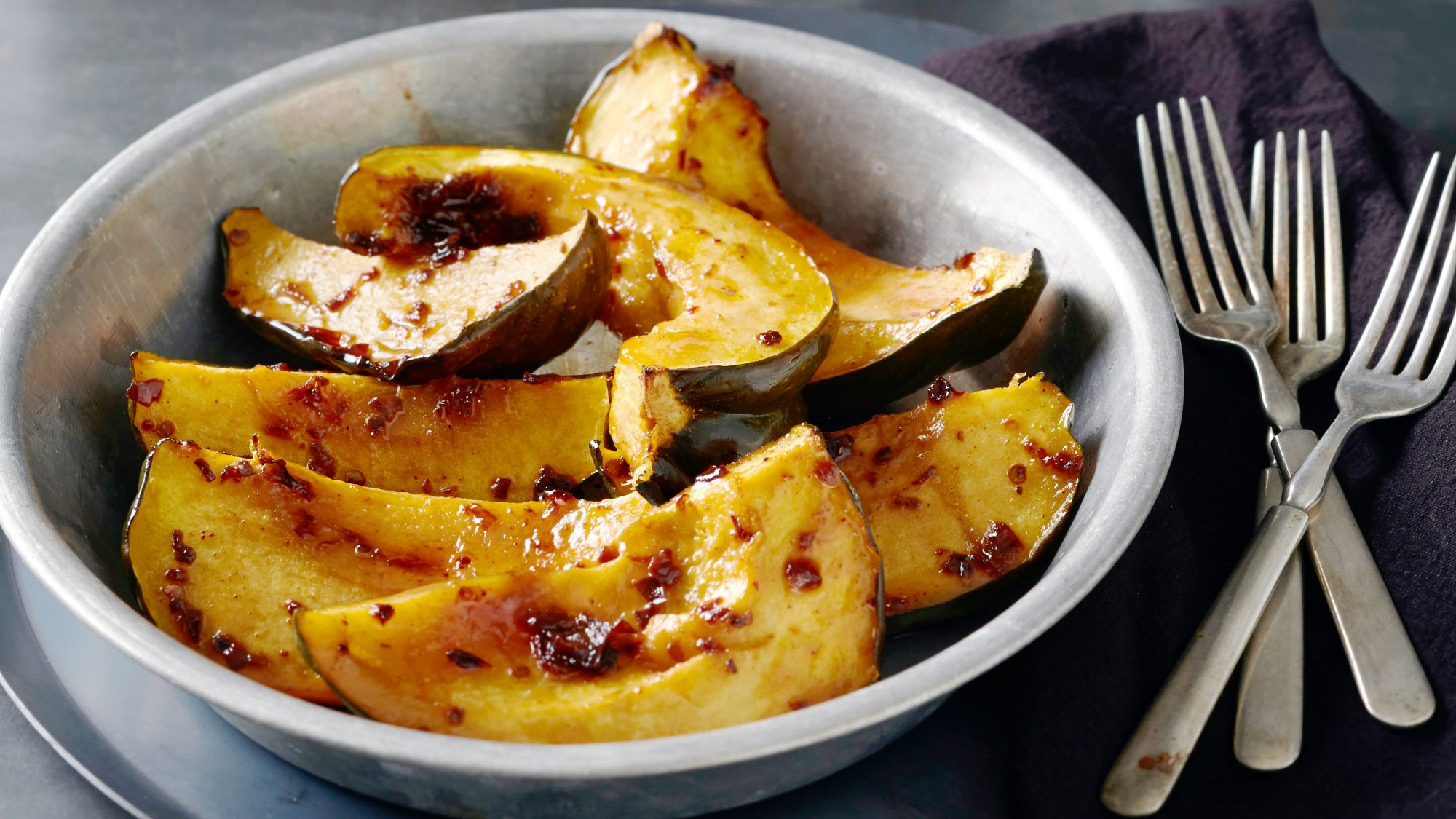acorn-squash-recipes: maple squash
