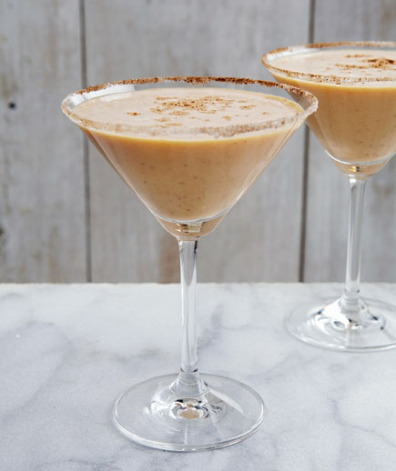 Halloween cocktails recipes - Pumpkin Martini
