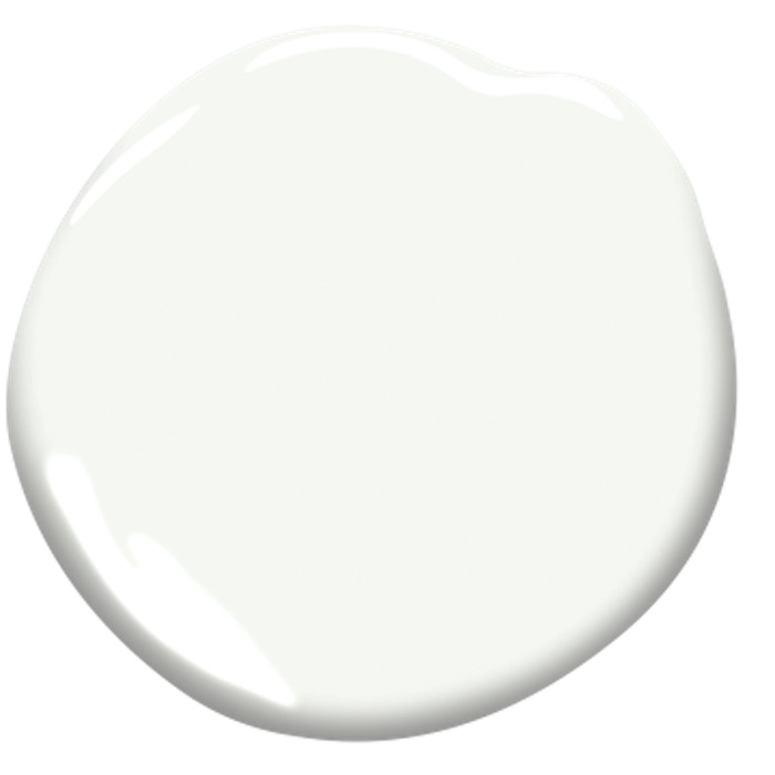bright white paint swatch by Benjamin Moore