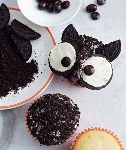 Halloween desserts and Halloween treats - Owl Cupcakes