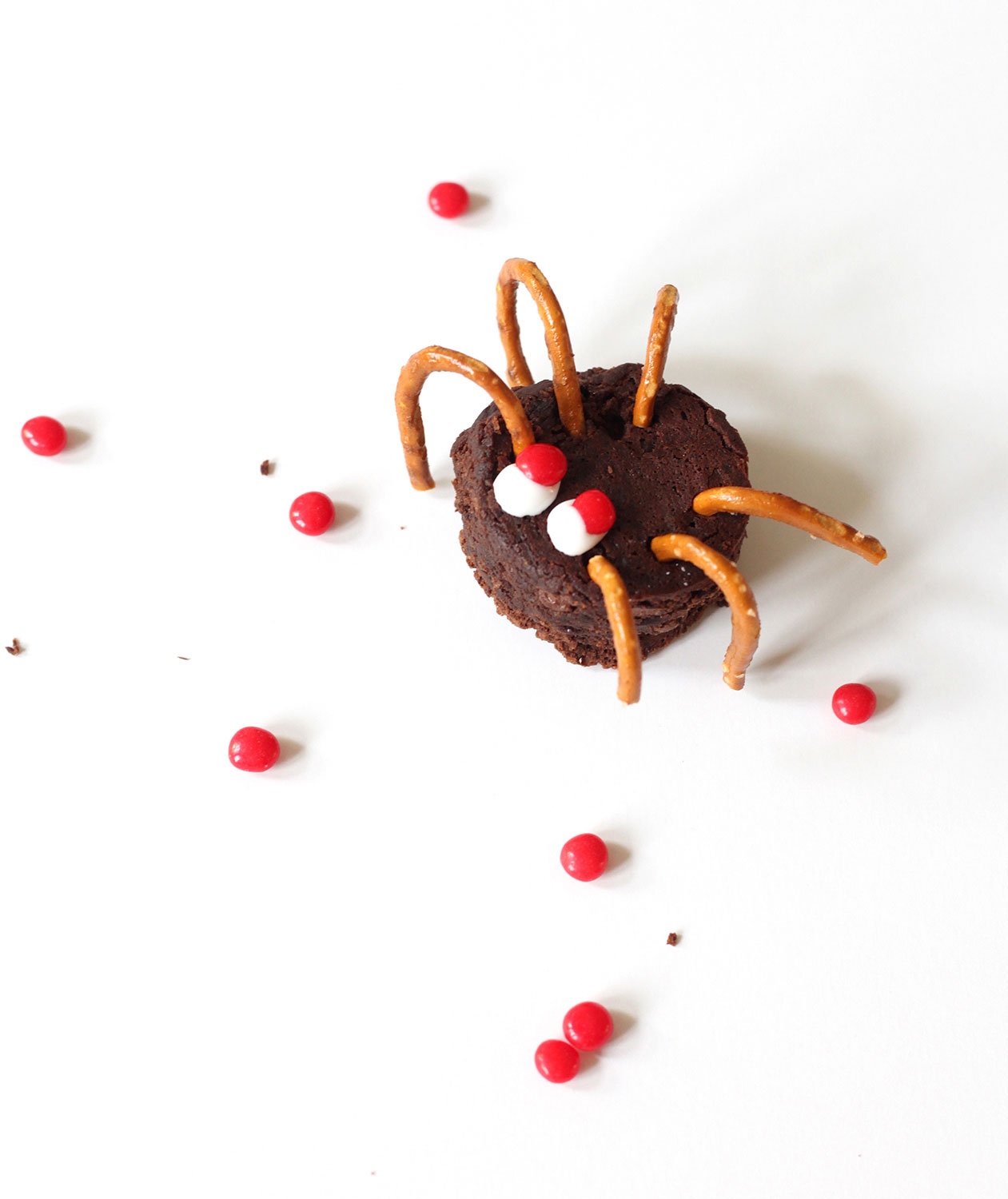 Halloween desserts and Halloween treats - Spooky Spiders Brownies