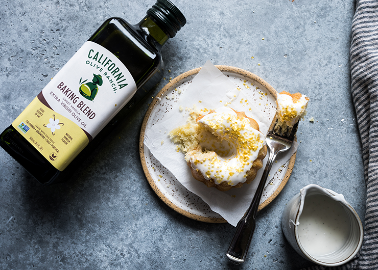 You know you have to use good olive oil for drizzling on pasta, sautéing veggies, and making pesto—but don't forget that high-quality EVOO is a top-notch ingredient in baked goods, too. This brand-new olive oil from California Olive Ranch is perfect for blending into bundt cakes, bar cookies, or any other sweet treat where vanilla flavor shines. You truly haven't lived until you've drizzled it over vanilla bean ice cream and fresh berries.