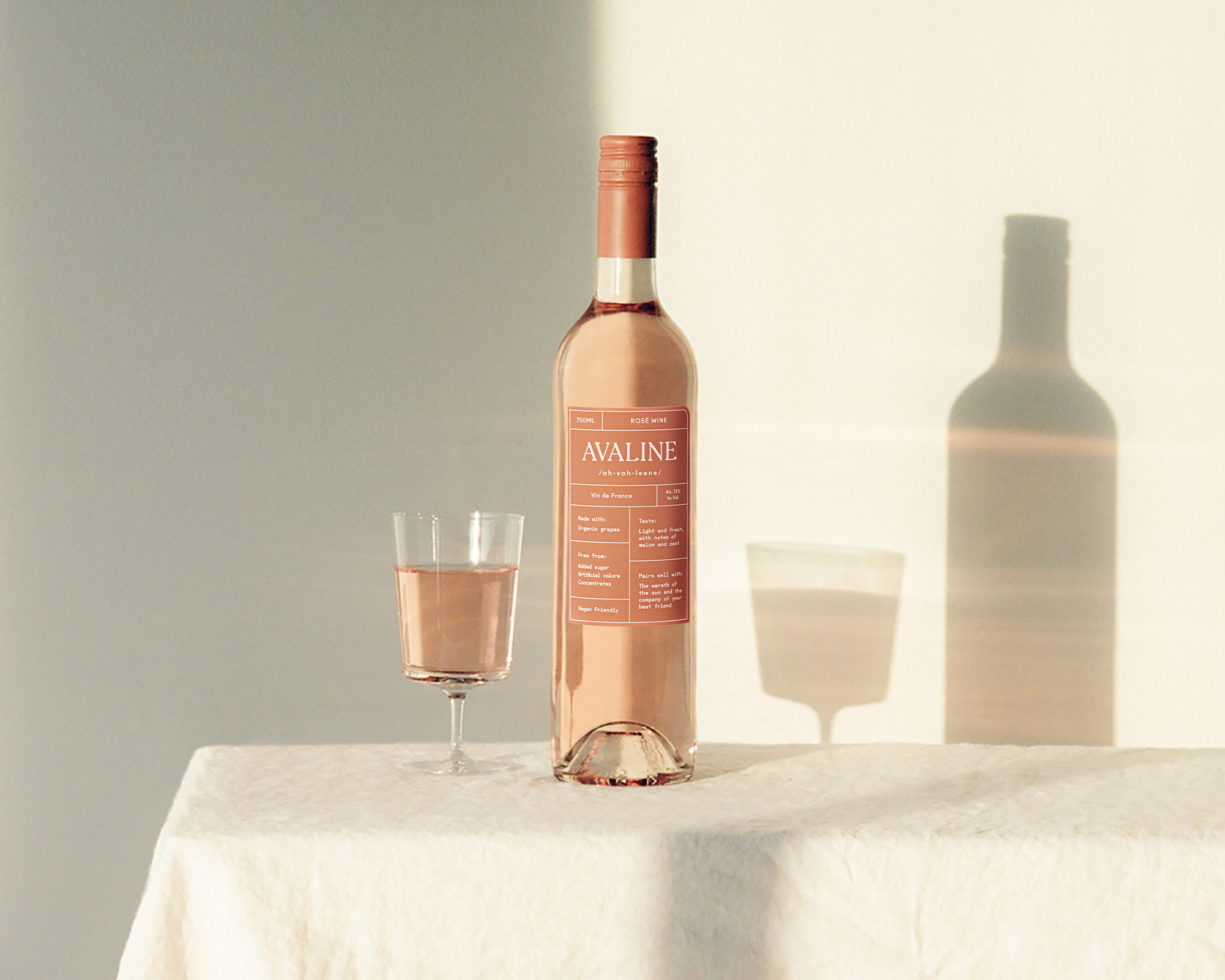 gifts-for-foodies-avaline-rose-wine
