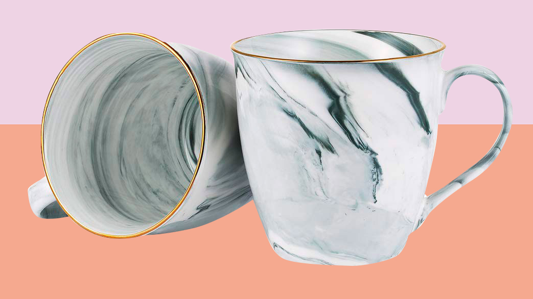 gifts-for-best-friend: marble coffee mugs
