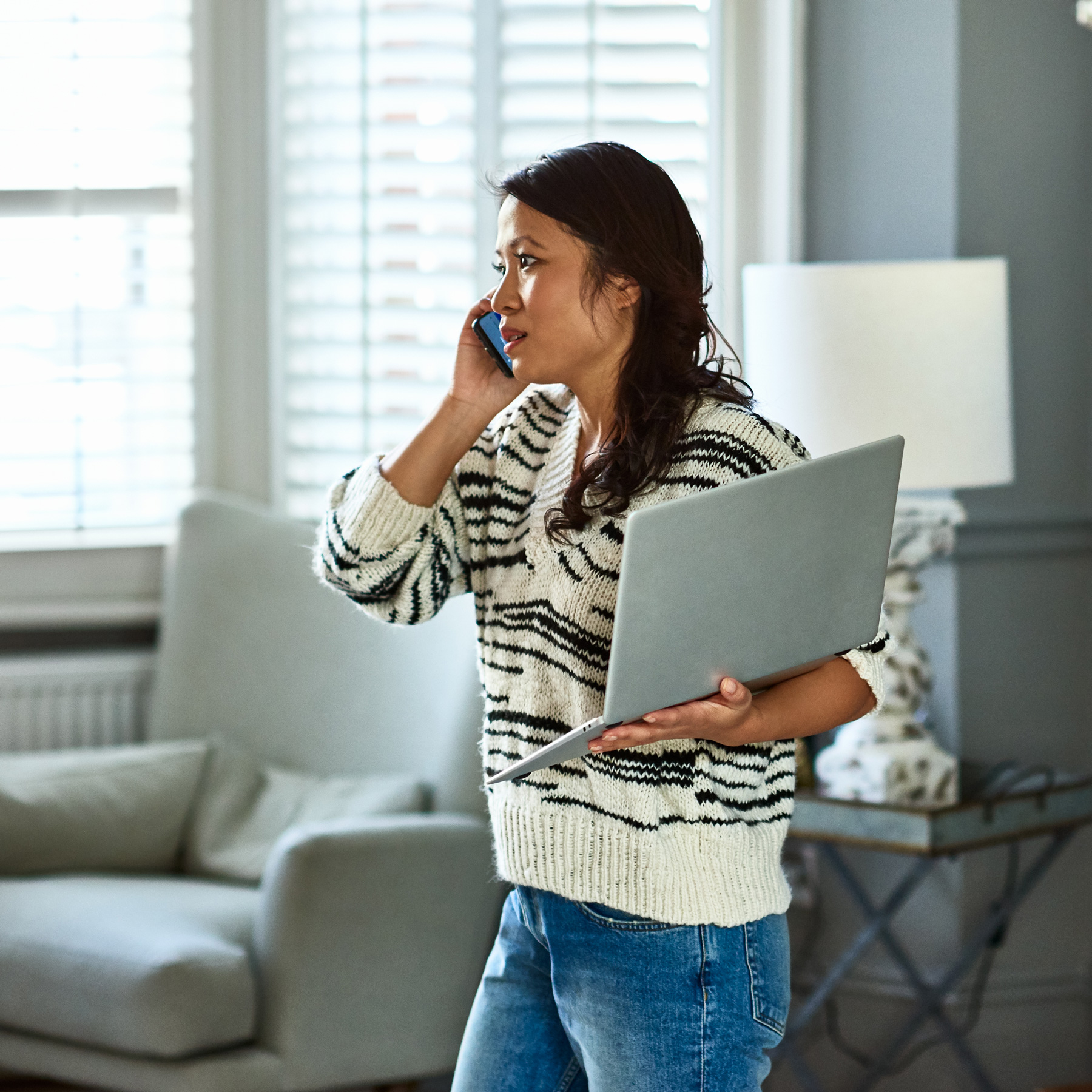 How to break bad habits (whining/complaining), woman looking distressed talking on the phone