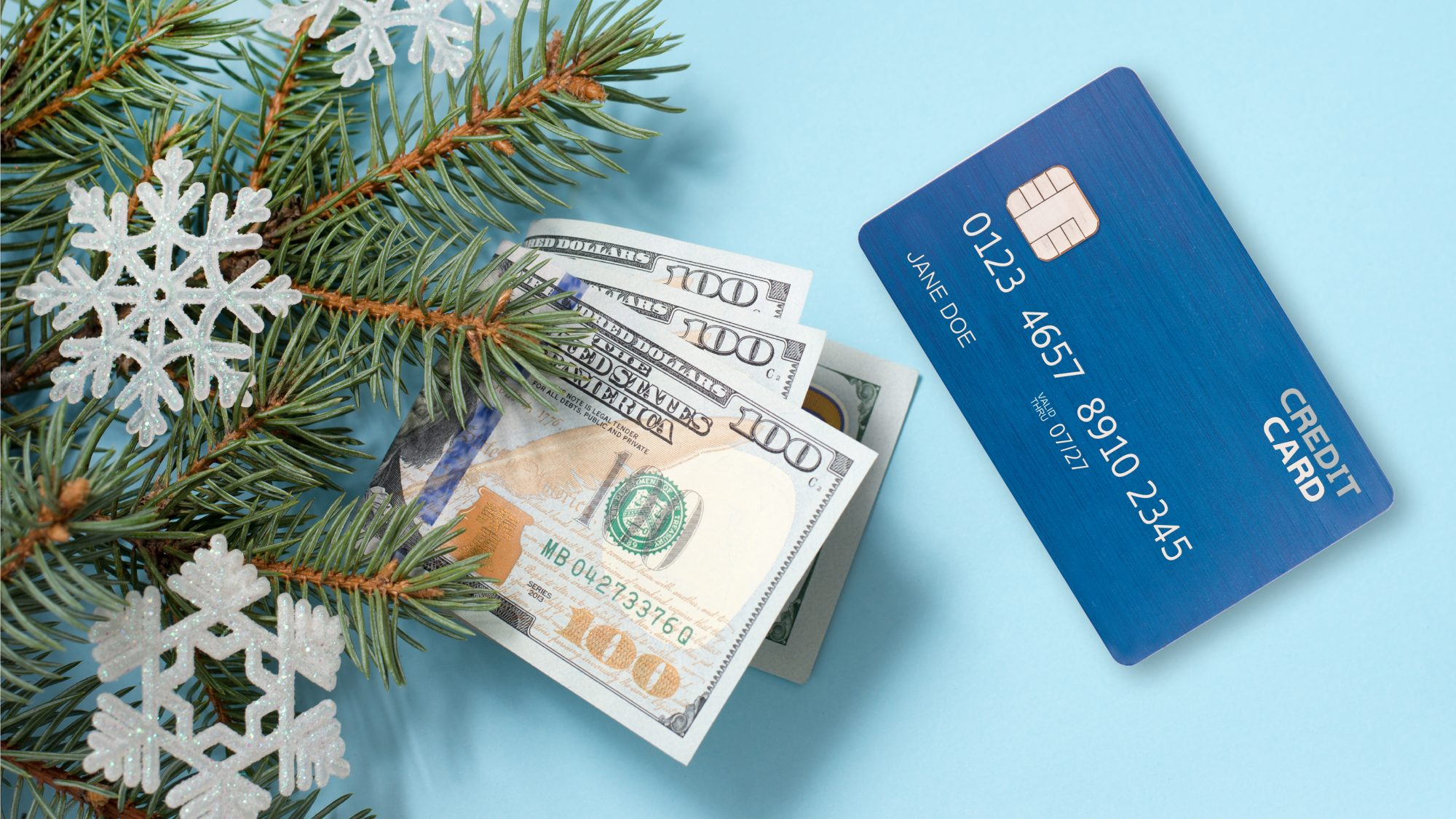 Debit vs credit vs cash for holiday shopping - cash and card