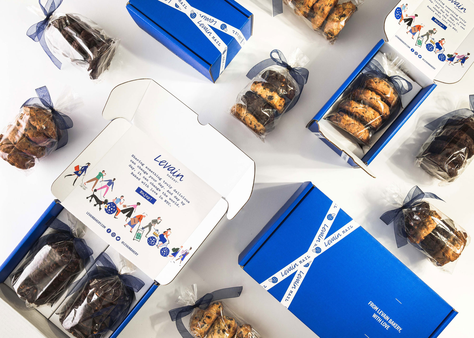 Best gifts for men, gift ideas for men - Levain Bakery Signature Cookie Assortment