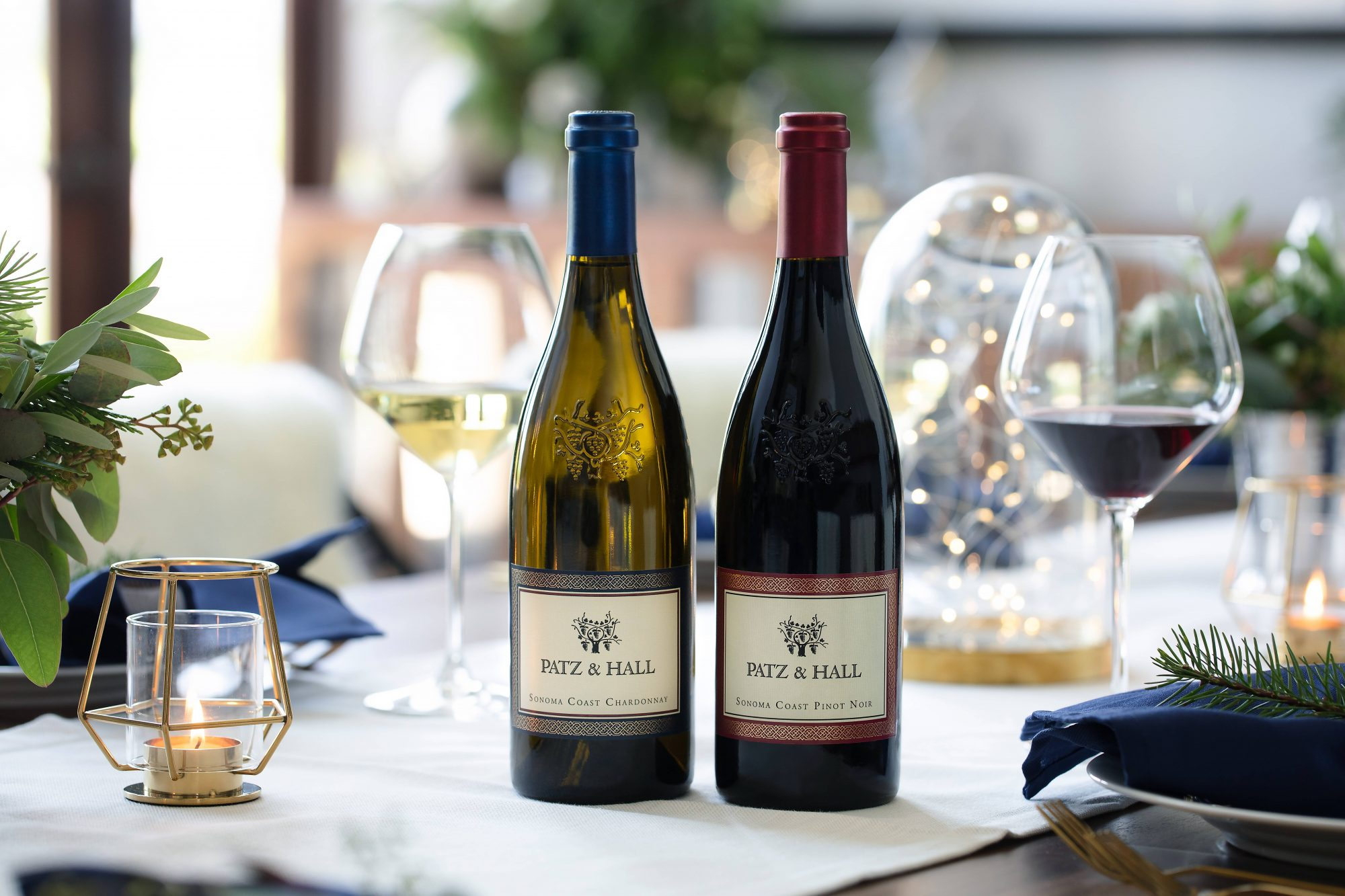 This aptly-named set is the greatest gift you can give any Sonoma wine fan. It includes a bottle of Patz & Hall's 2017 Sonoma Coast Chardonnay—with vibrant, aromatic notes of apricot, green apple, and roasted hazelnuts—plus its popular 2017 Sonoma Coast Pinot Noir, bursting with bright, smooth red fruit flavors. The pair comes packaged in a beautiful blue gift box.