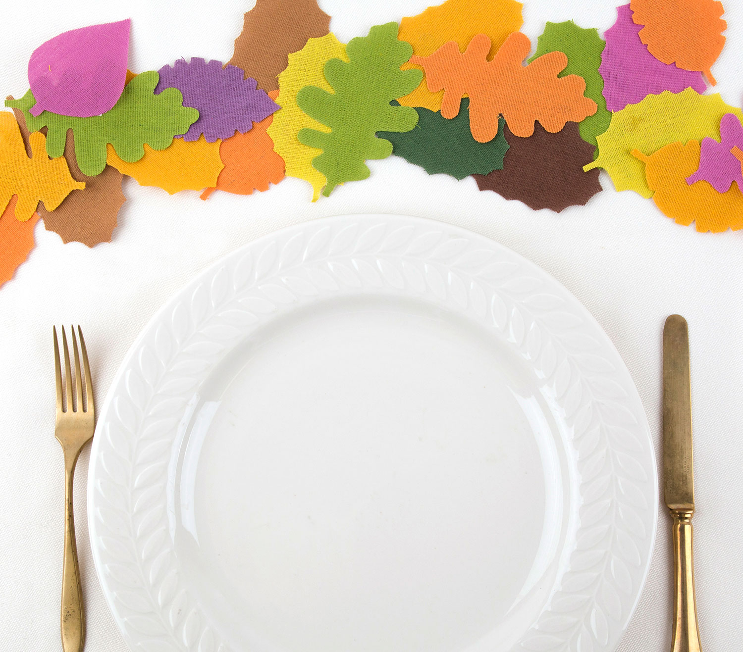 Thanksgiving crafts, ideas - Leaves Table Runner