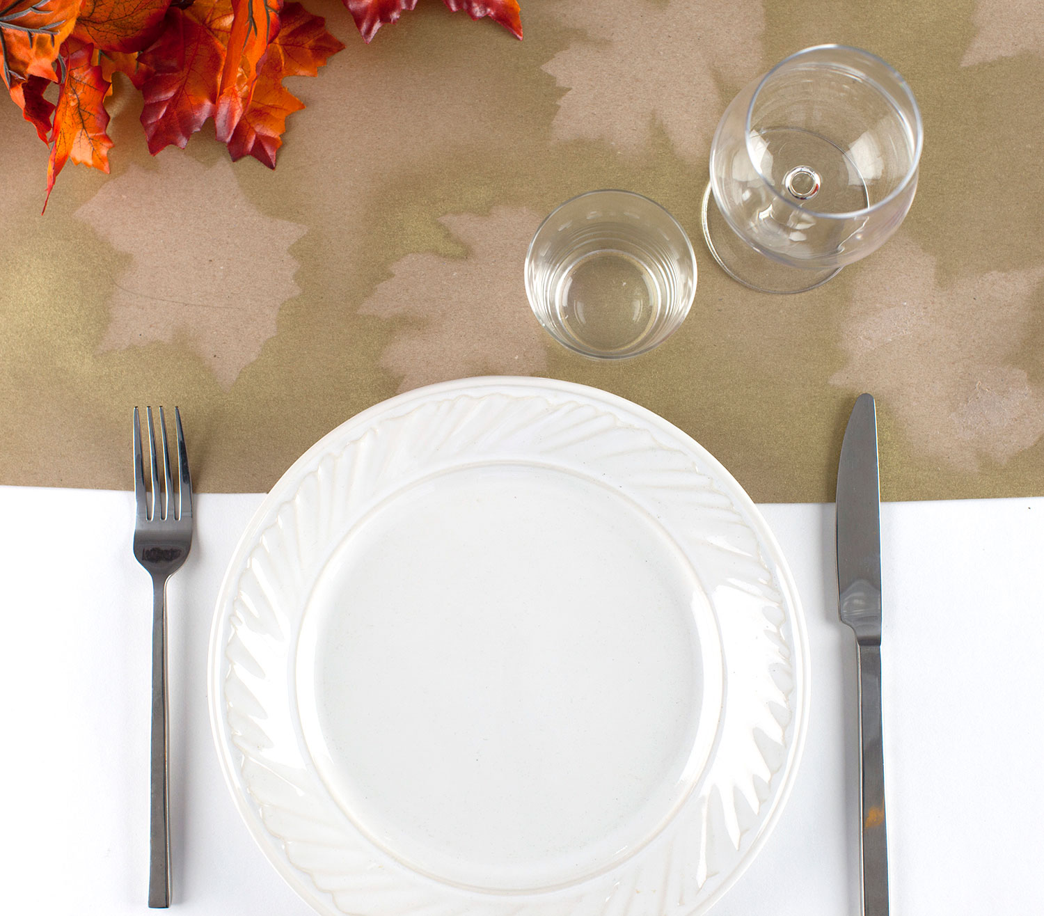 Thanksgiving crafts, ideas - Butcher Paper Table Runner