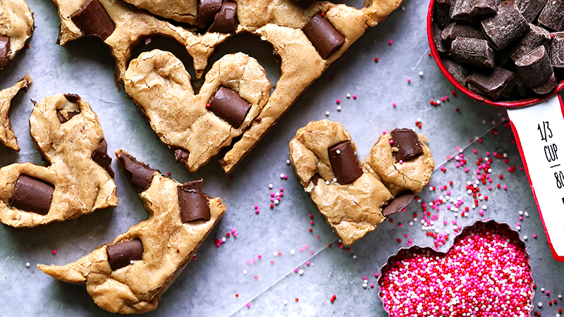 Homemade food gifts, ideas - cookie cake edible present