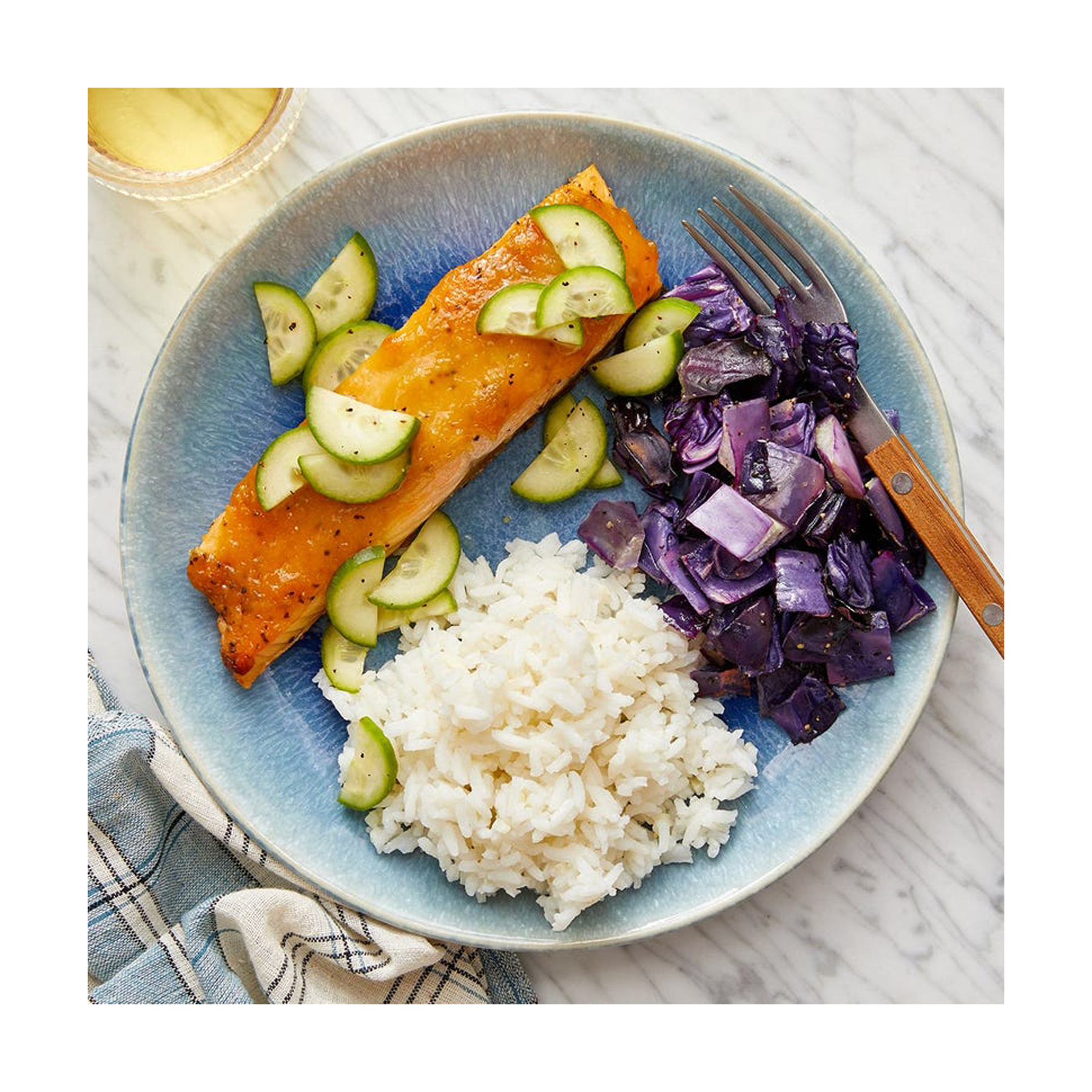 Engagement Gifts Ideas: Blue Apron meal delivery kit subscription