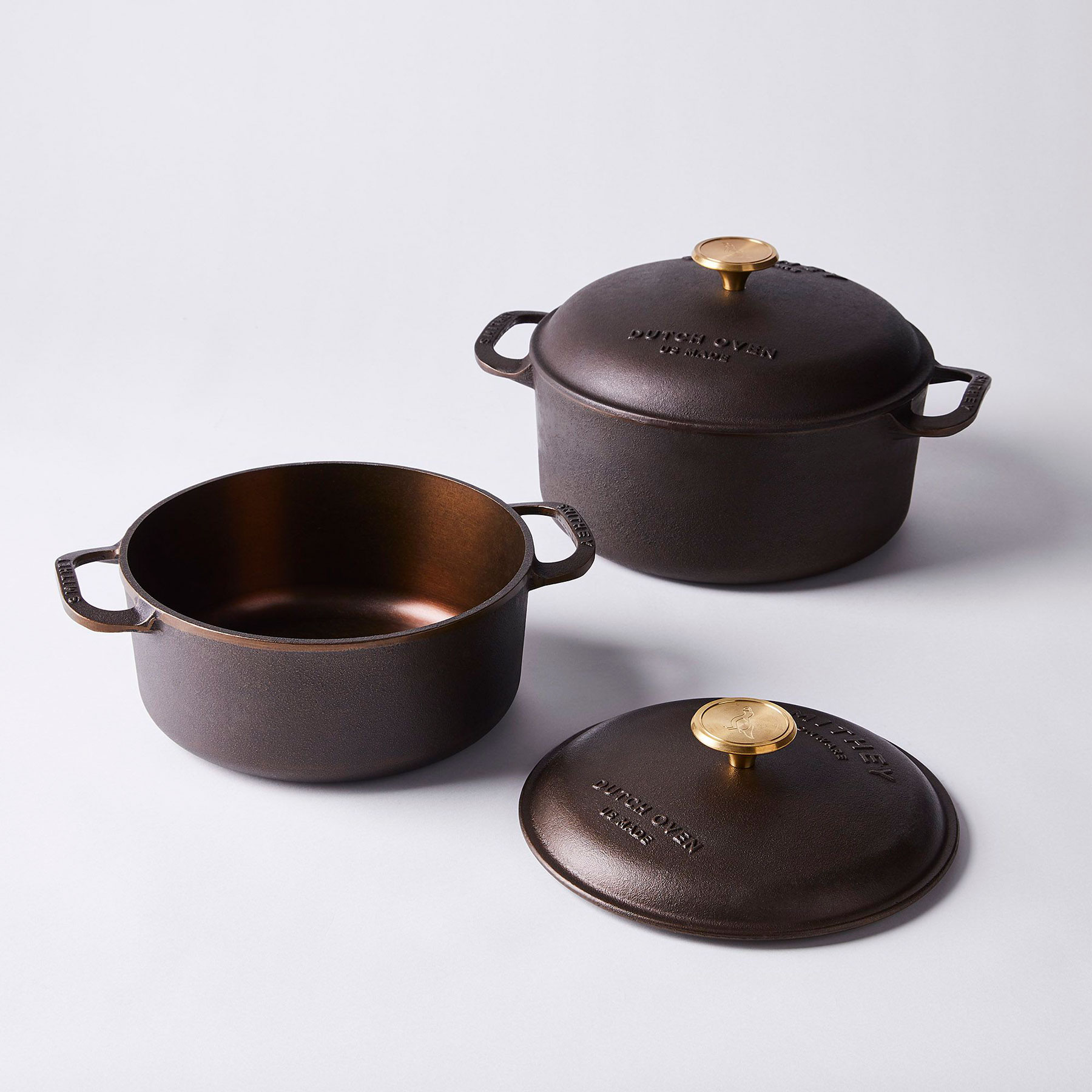 6 Clever Items 12/4/20 - Smithey Ironware Co. 3.5 Quart Cast Iron Dutch Oven