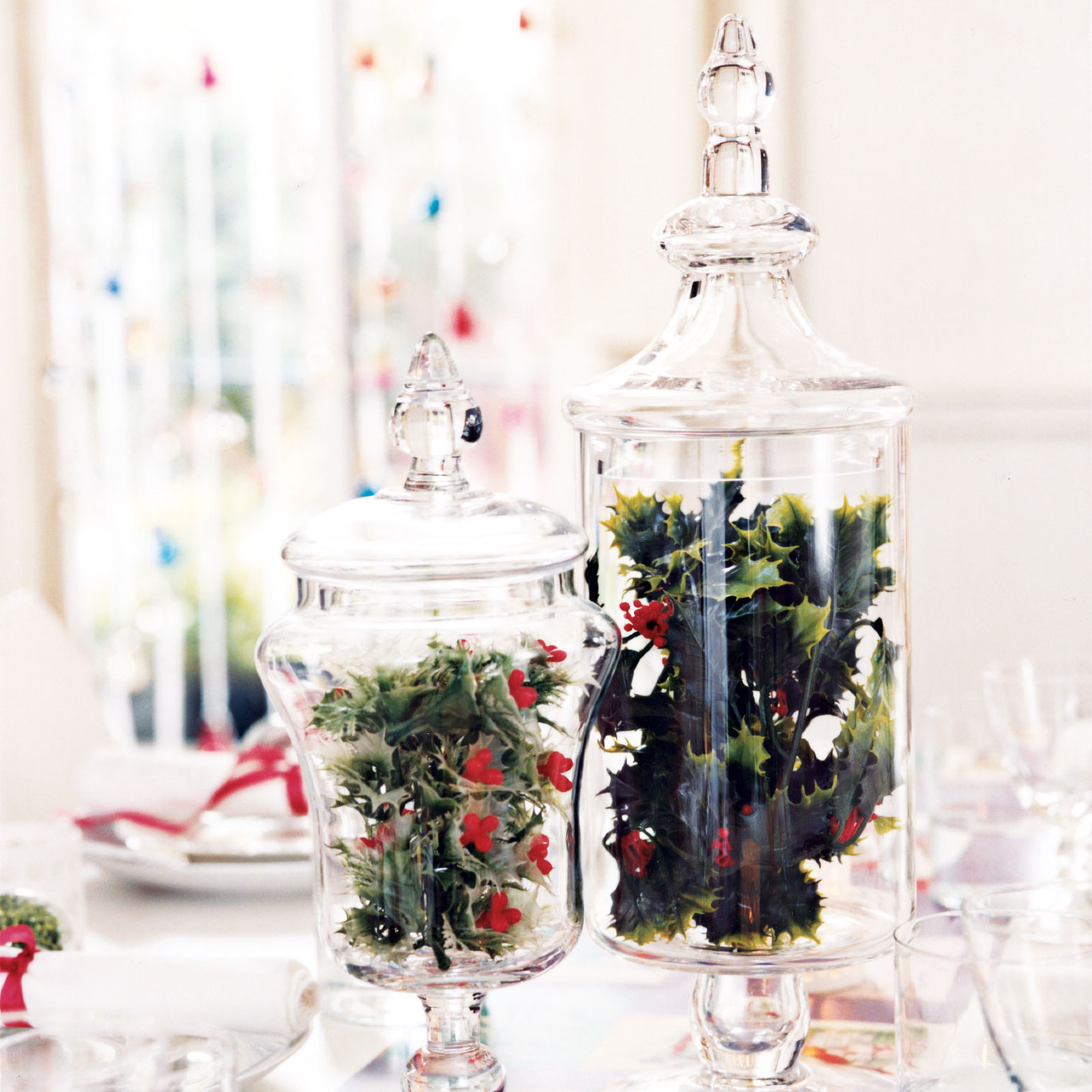 Christmas crafts ideas - Holly Centerpiece