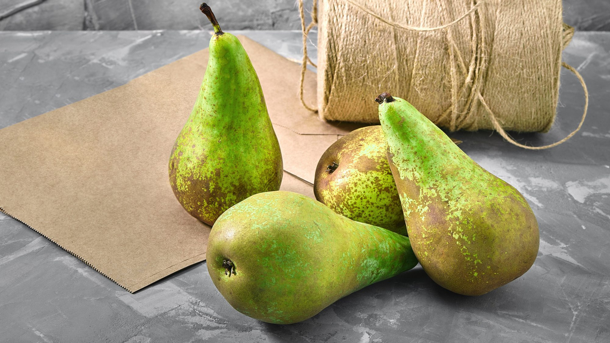 guide-to-gifting-pears