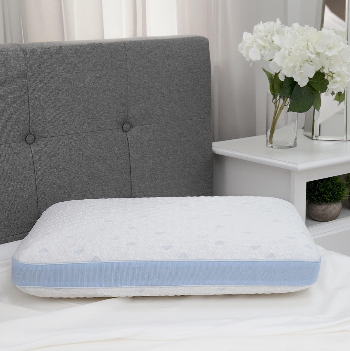 SensorGel Cold Touch Gusseted Gel-Infused Memory Foam Pillow