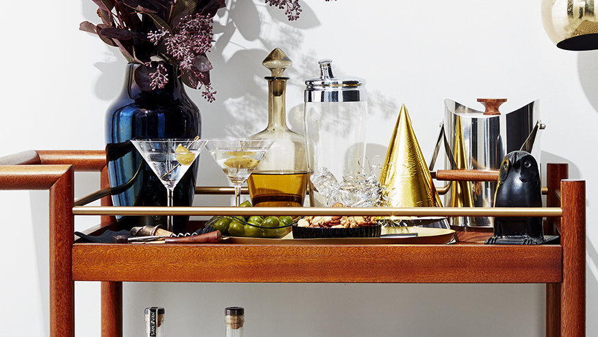 Christmas decoration ideas - bar cart