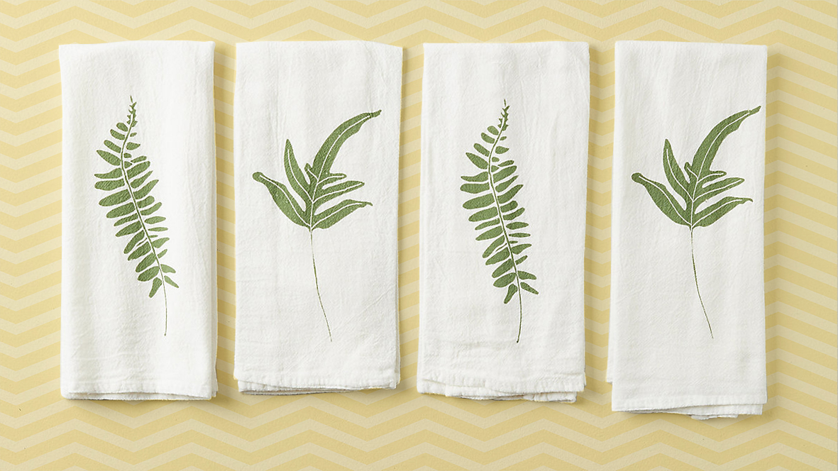 Housewarming gifts for new home - fern towels tout