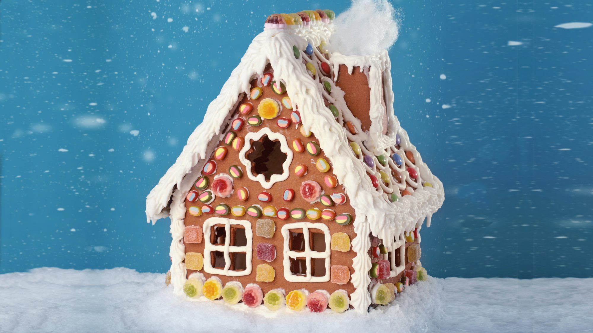 safe-holiday-traditions: gingerbread house