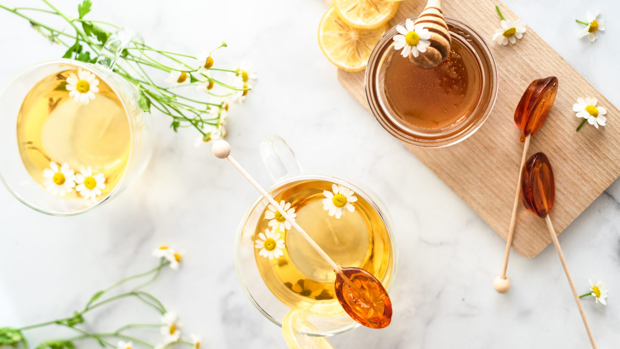 natural-remedies-for-stomach: ginger tea
