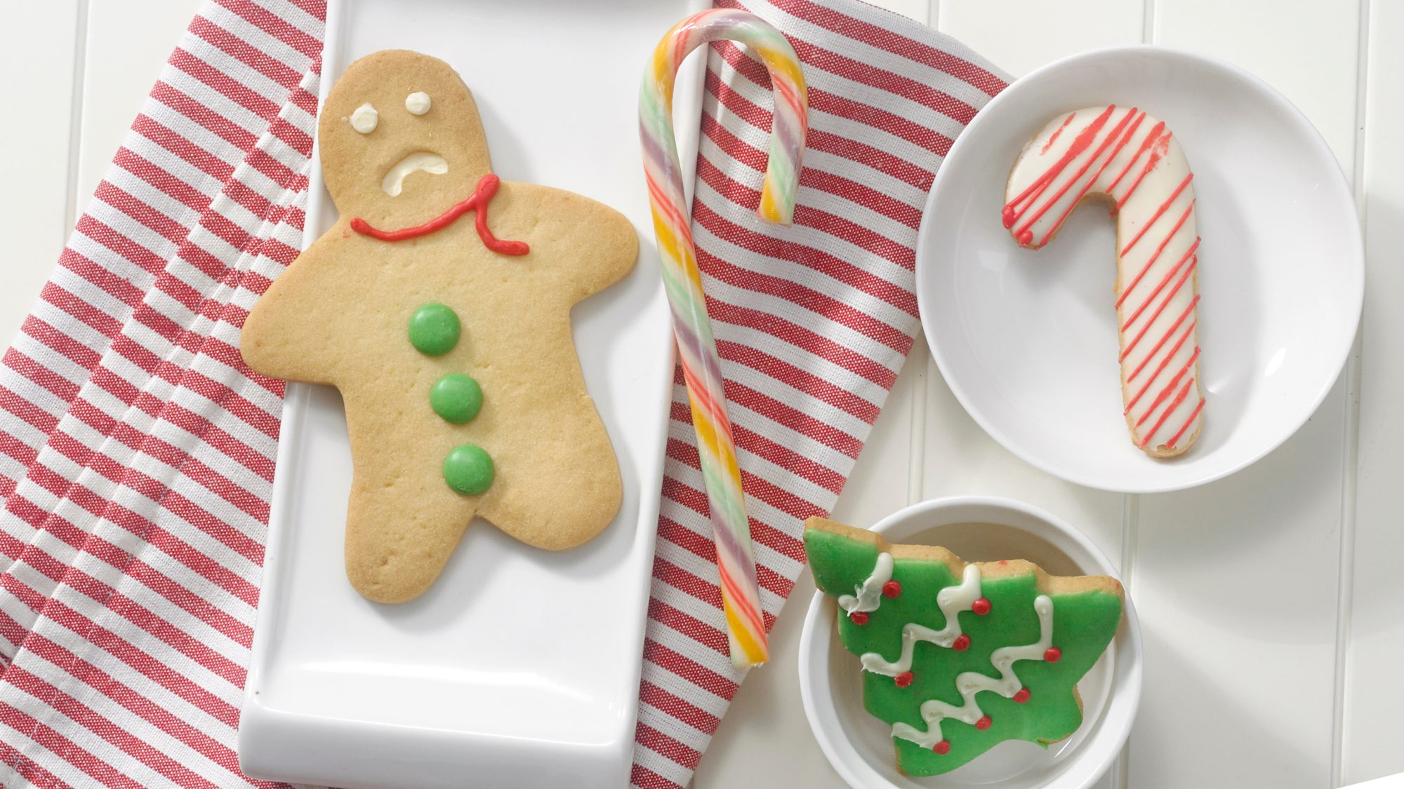 Holiday Loneliness Causes, Reasons, and Coping Stragegies: sad gingerbread man