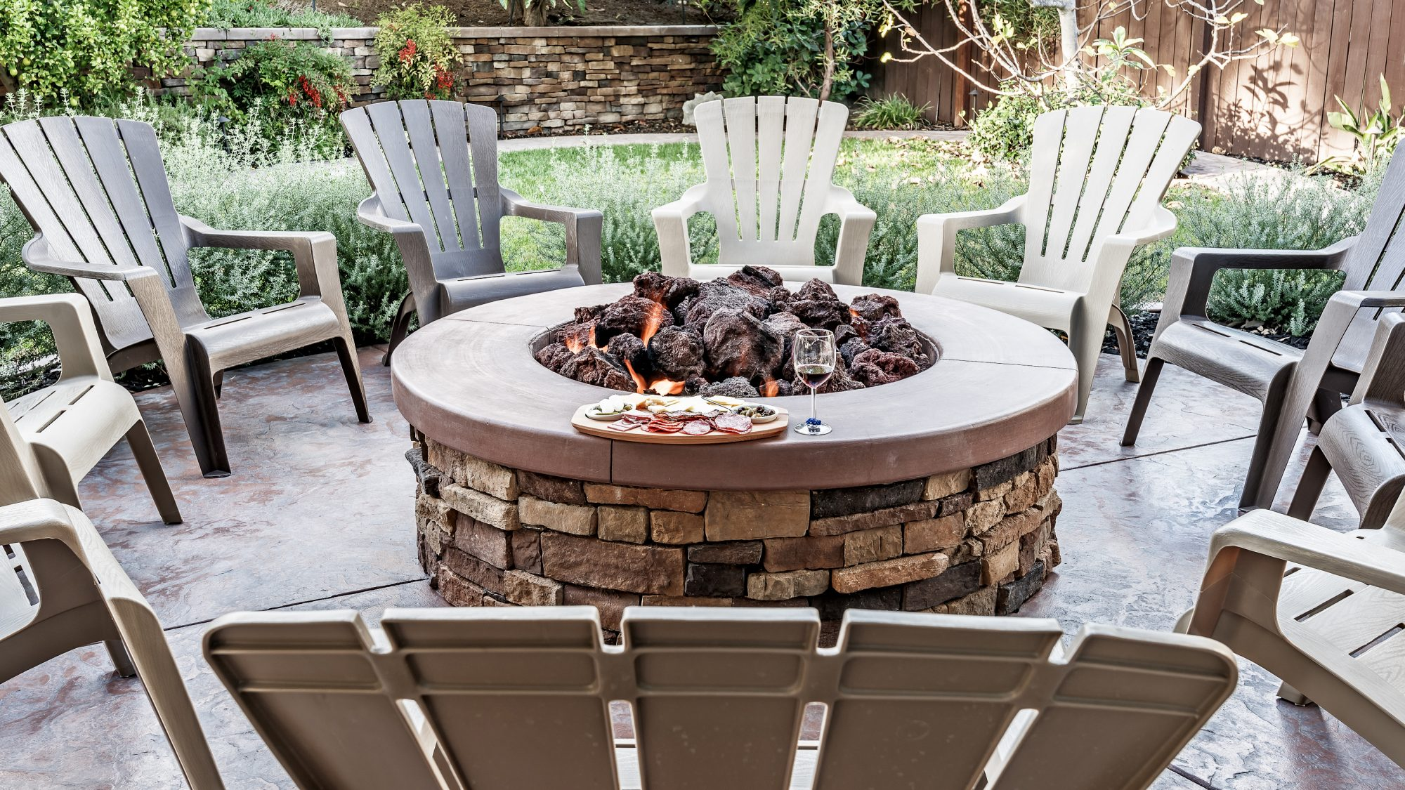 New Year's Eve during coronavirus ideas - editor suggestions (fire pit)