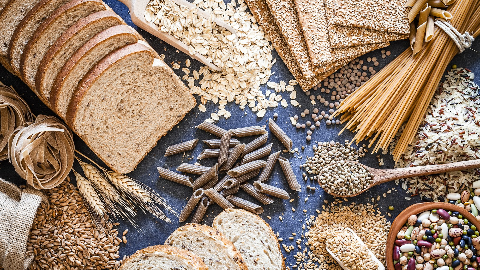 Healthiest-grains-to-eat: various types of whole grains