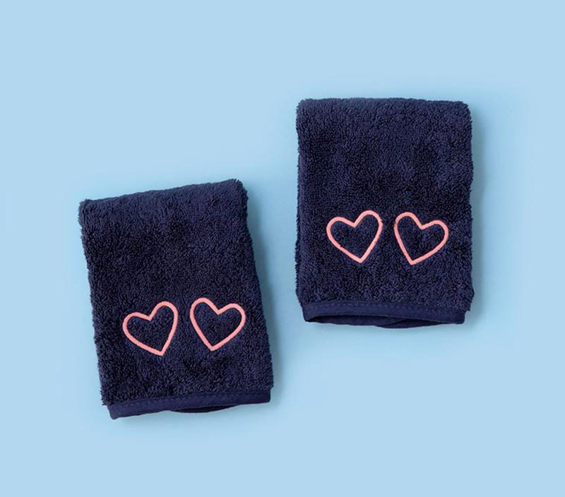 Best gifts, gift ideas for women - Weezie Makeup Towels