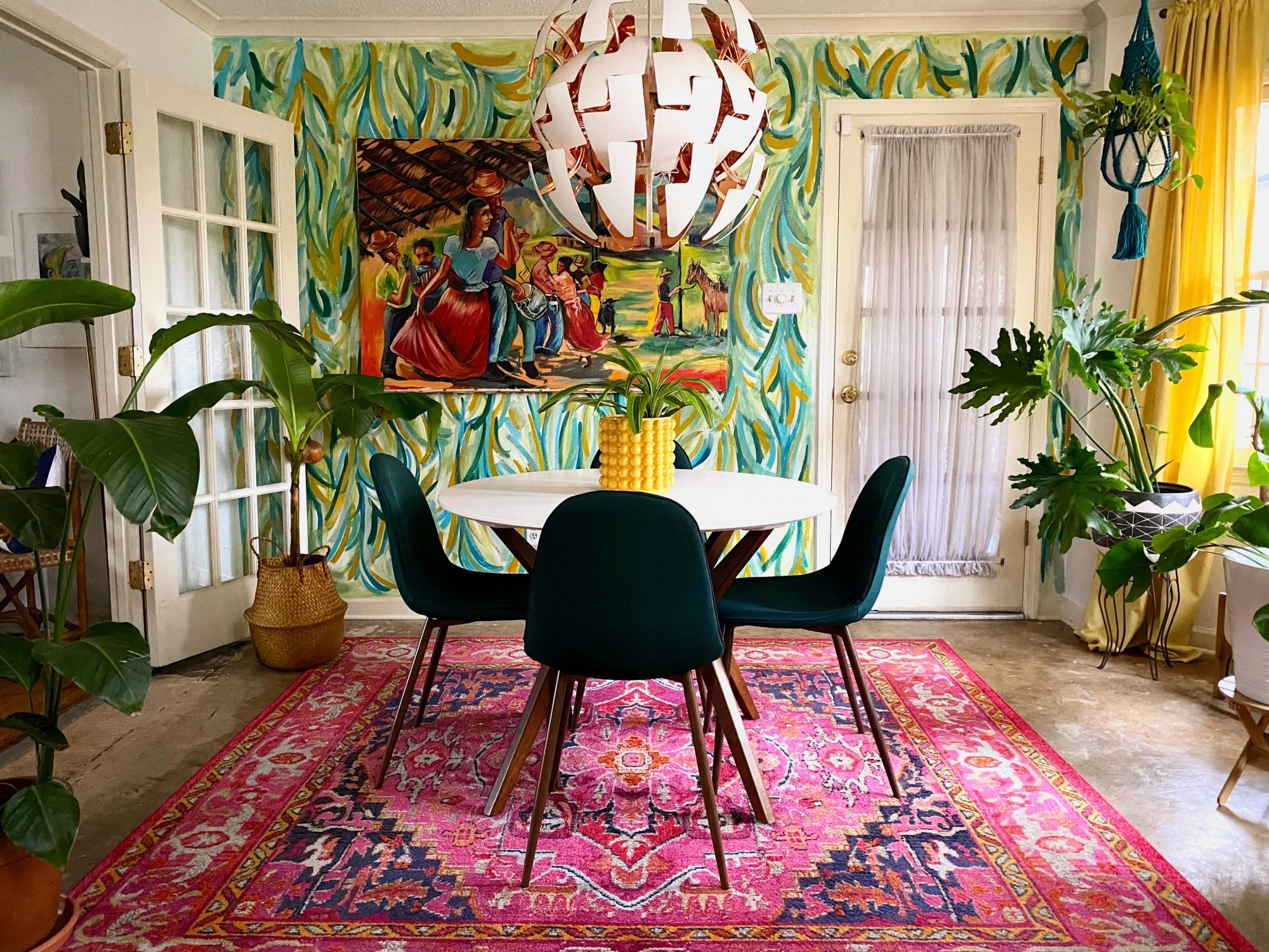 Space of the Week, Colorful Dining room
