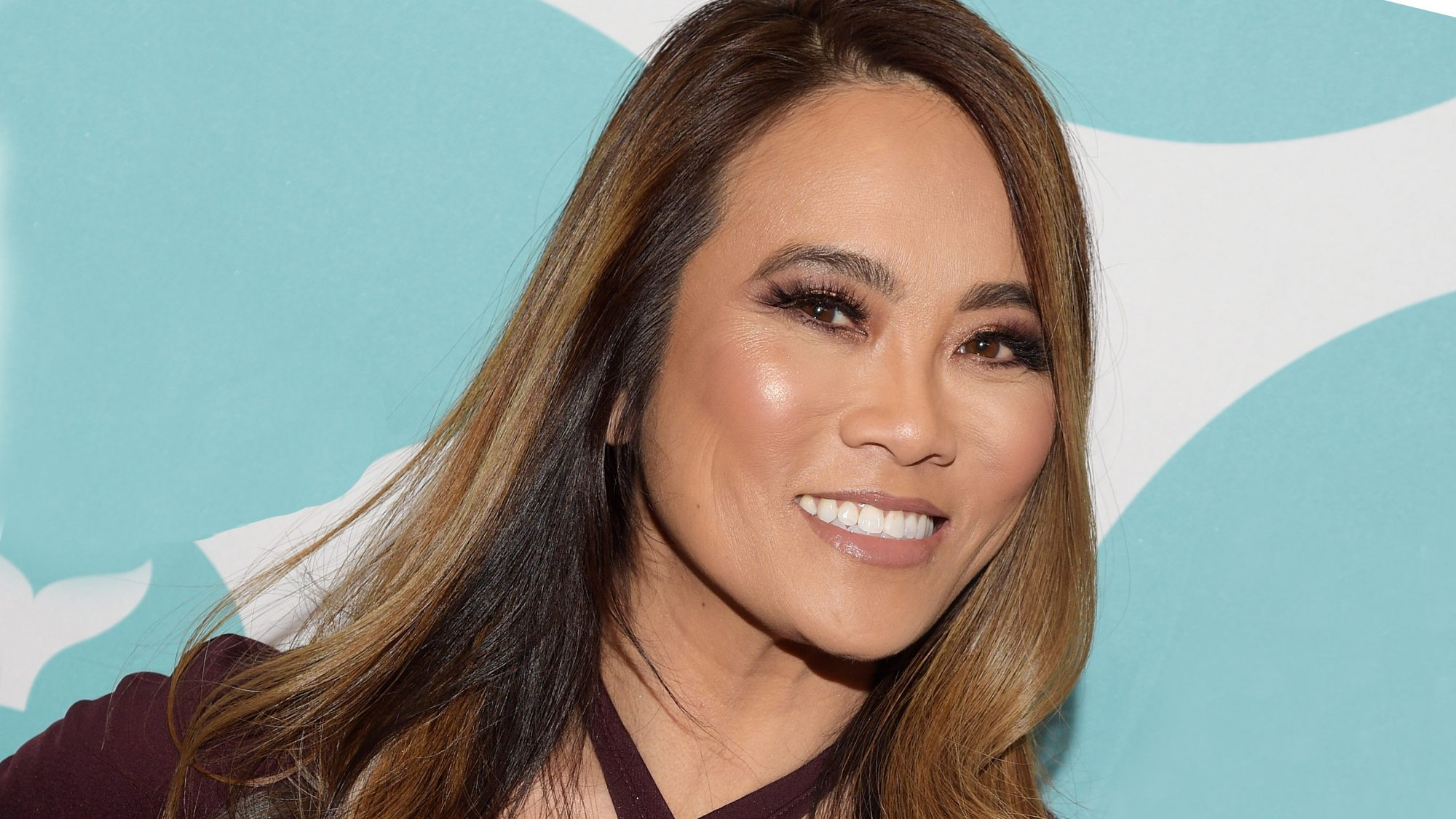 how-to-pop-a-pimple: Dr. Sandra Lee (aka Dr. Pimple Popper)