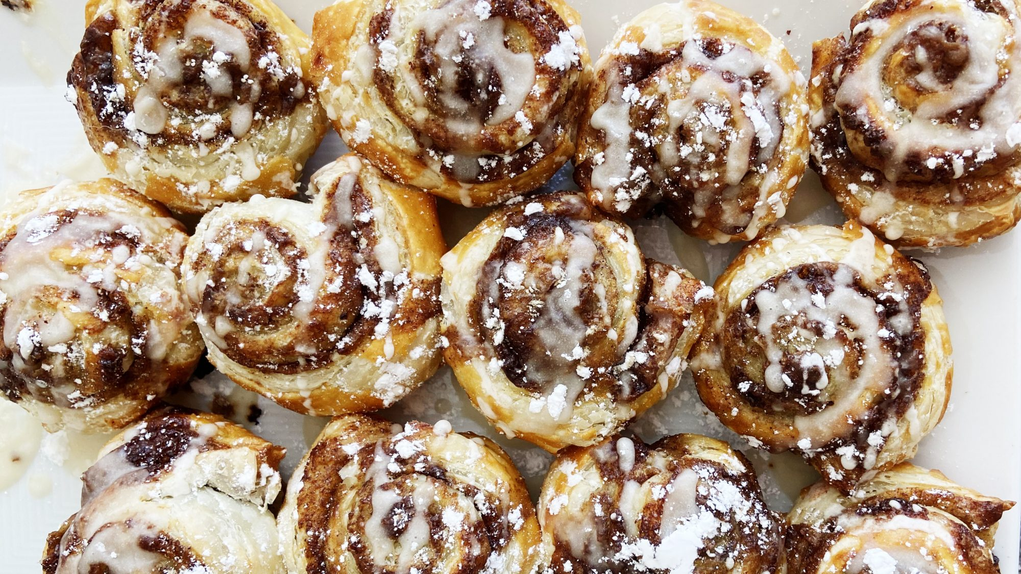 easy-puff-pastry-cinnamon-rolls-recipe
