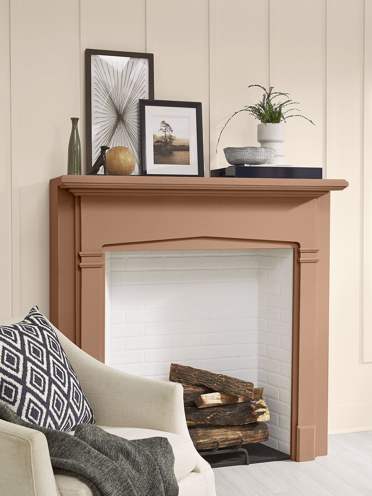 Behr Color of the Year 2021, Fireplace