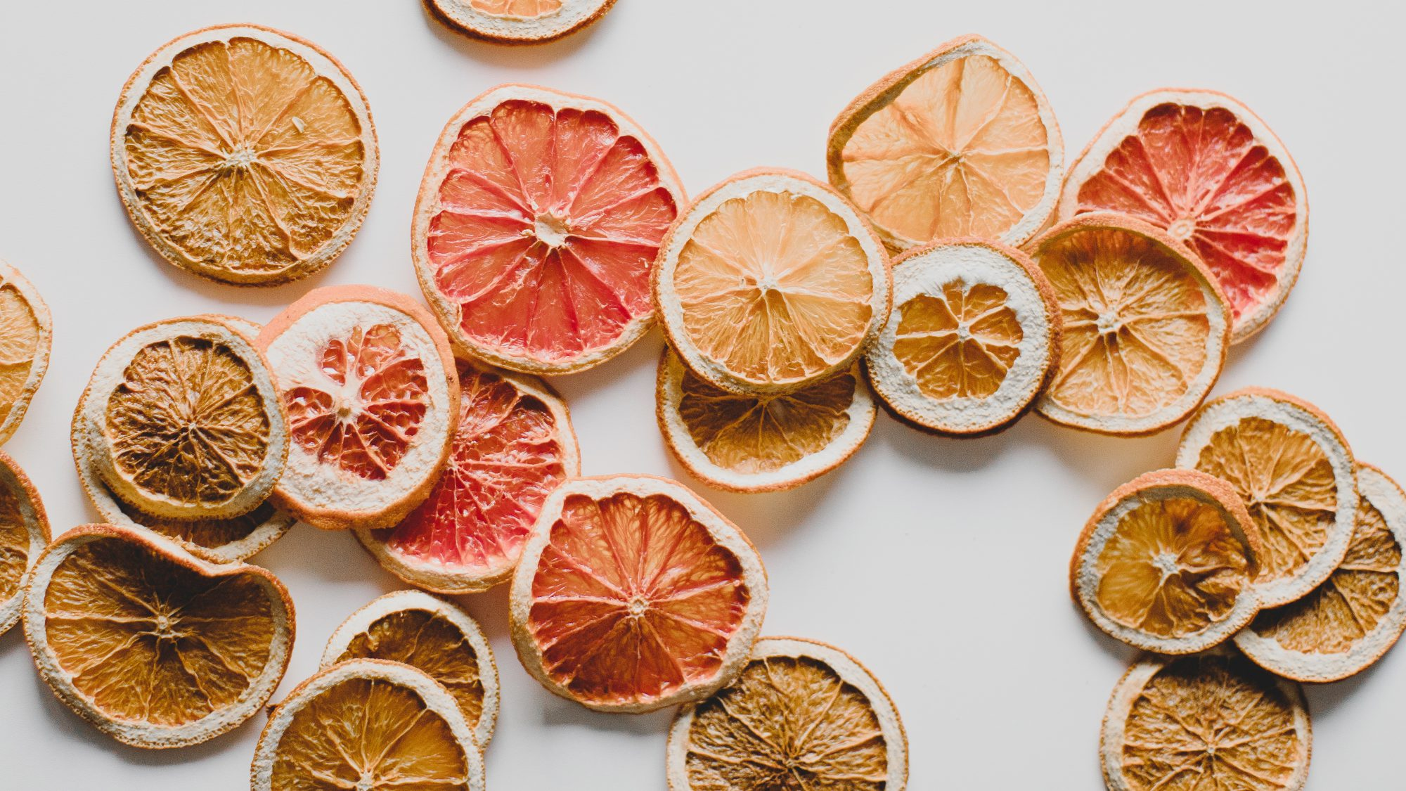 is-dried-fruit-healthy: dried citrus