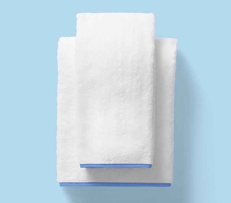 Weezie Bath Towels with Blue Piping