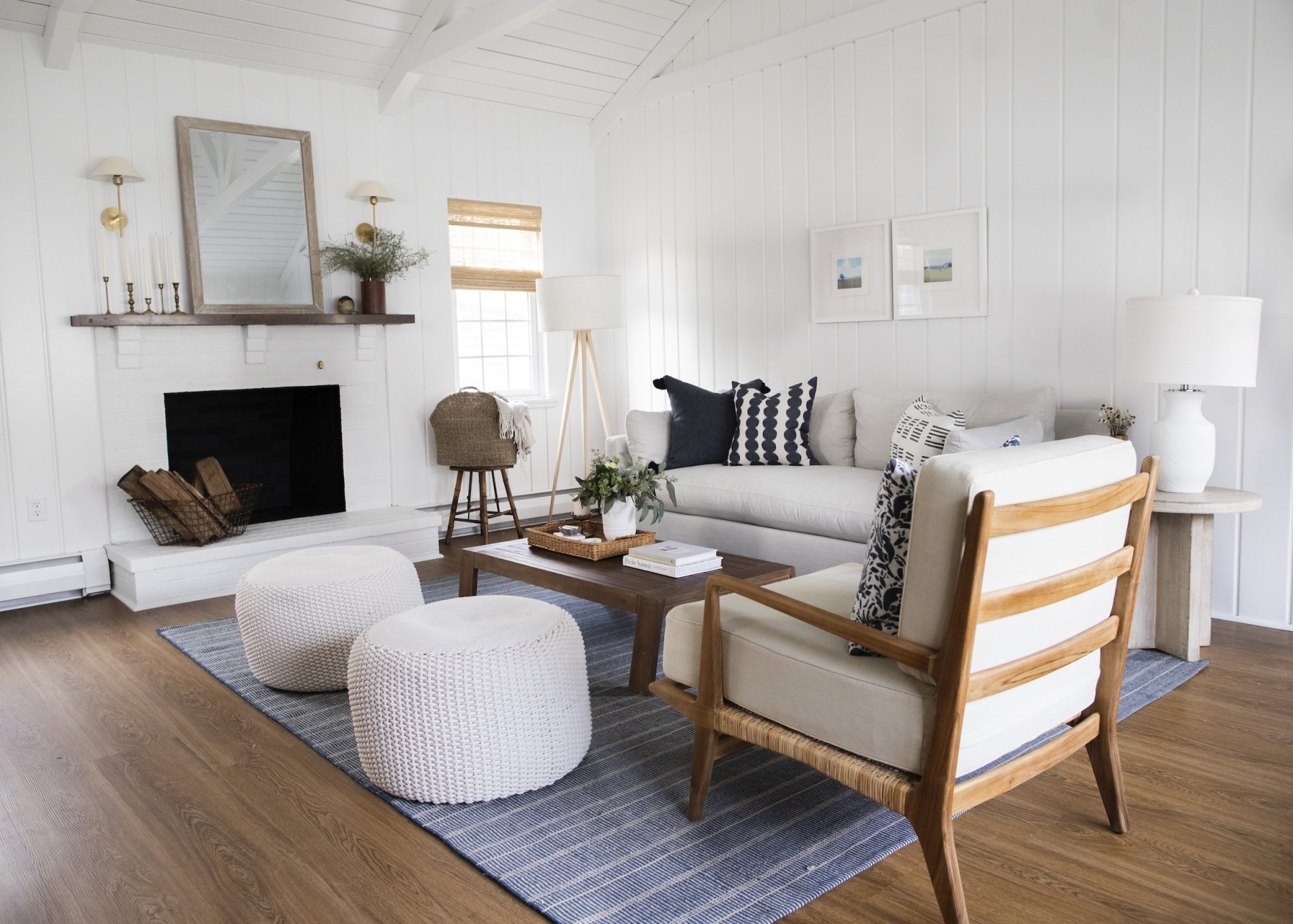Unexpected Living Room Decorating Ideas, Neutral room
