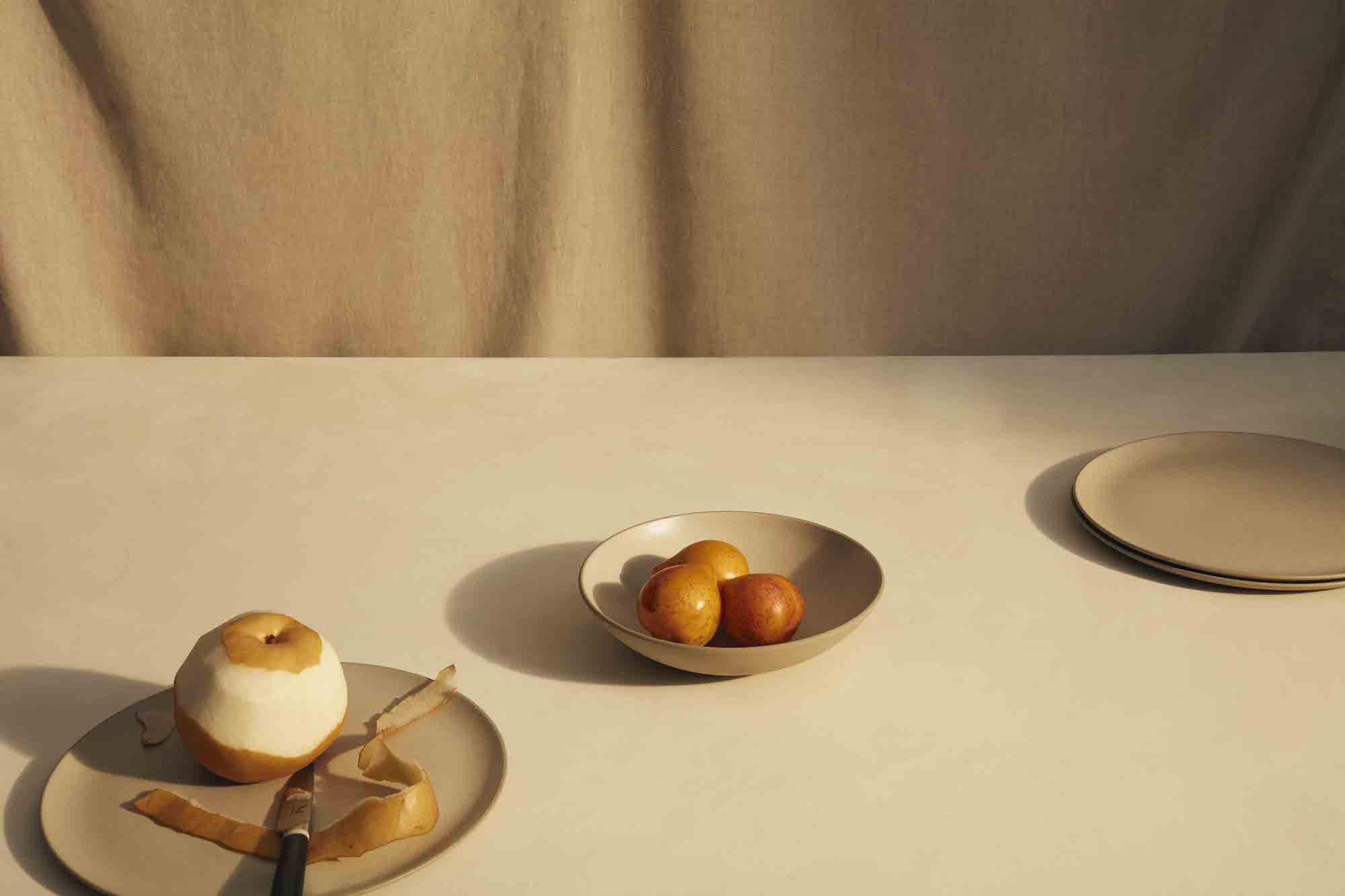Material Dishware, Bowls with Fruit