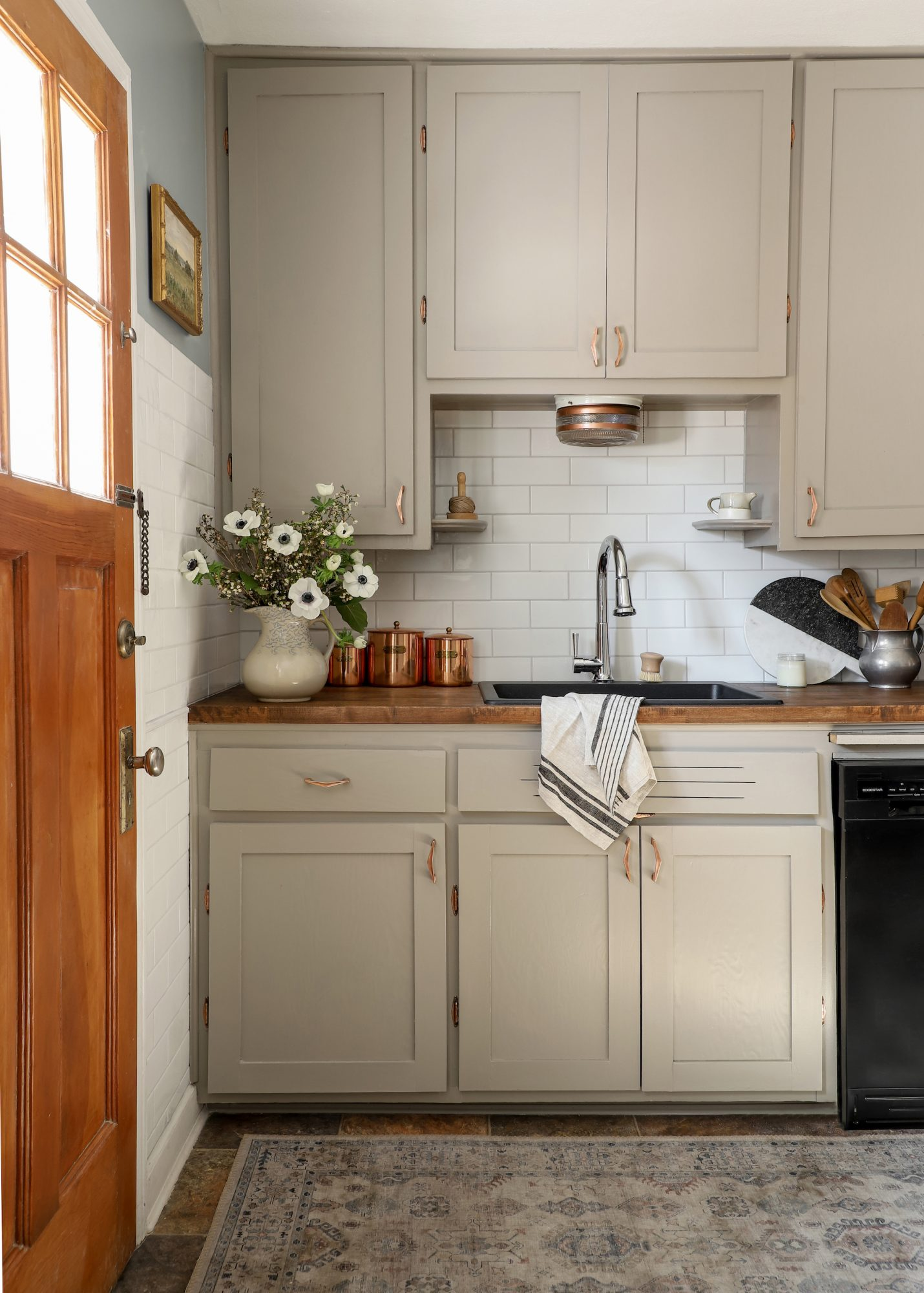 Space of the Week, Kitchen Cabinet Reveal