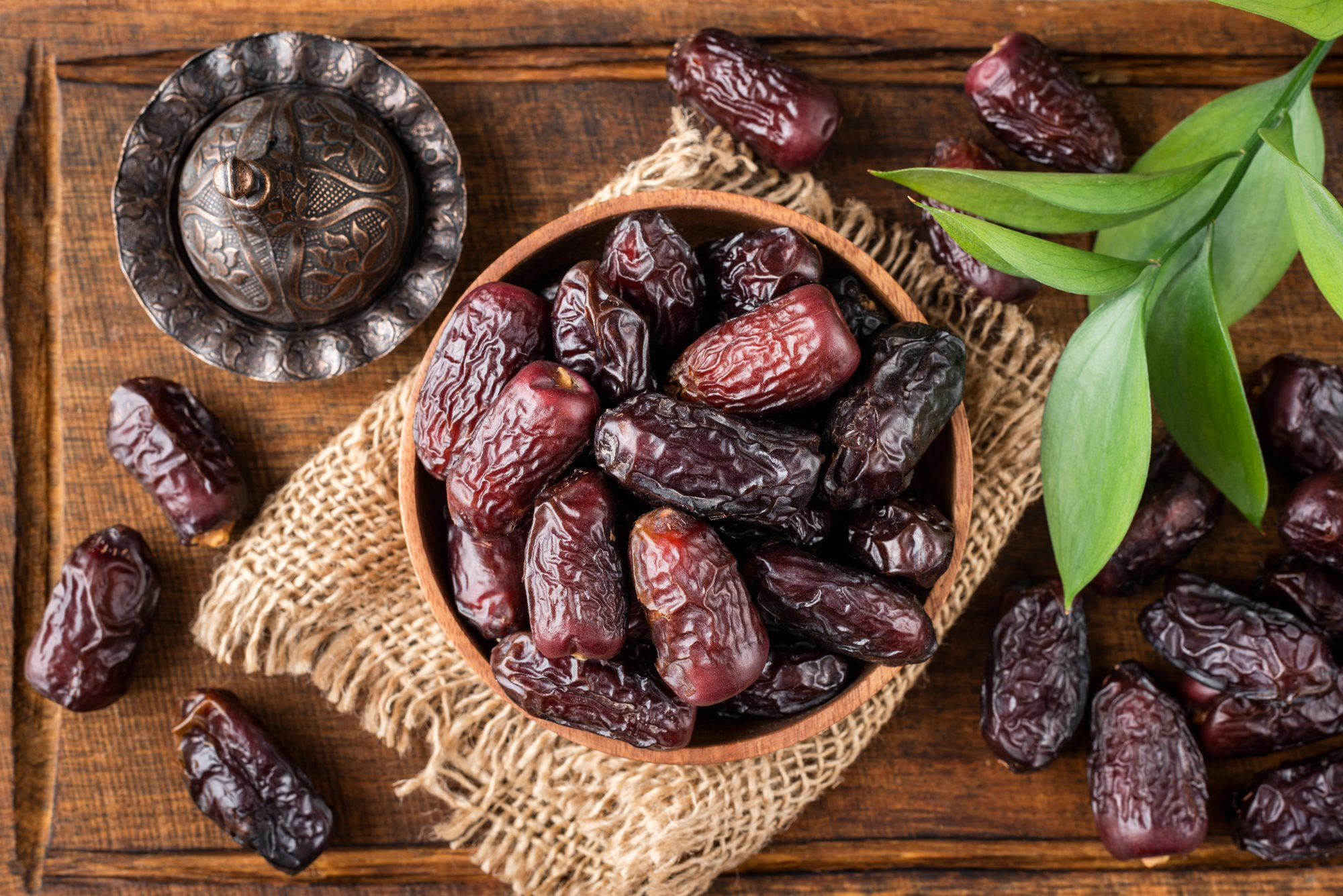 ramadan ideas - bowl of dates