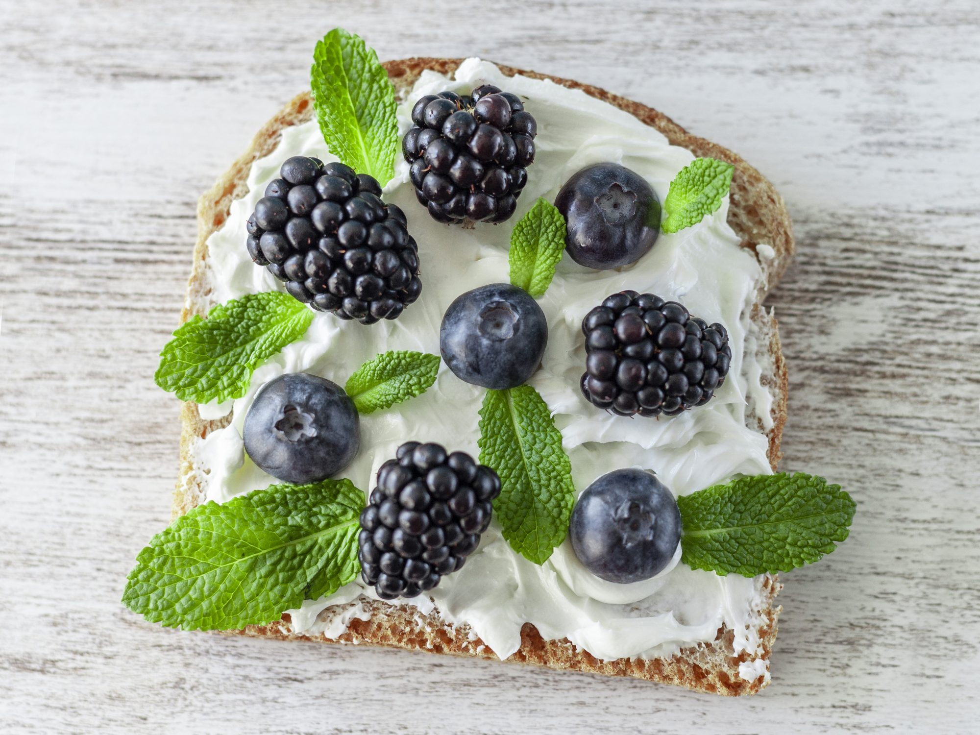 how-to-soften-cream-cheese: cream cheese on toast