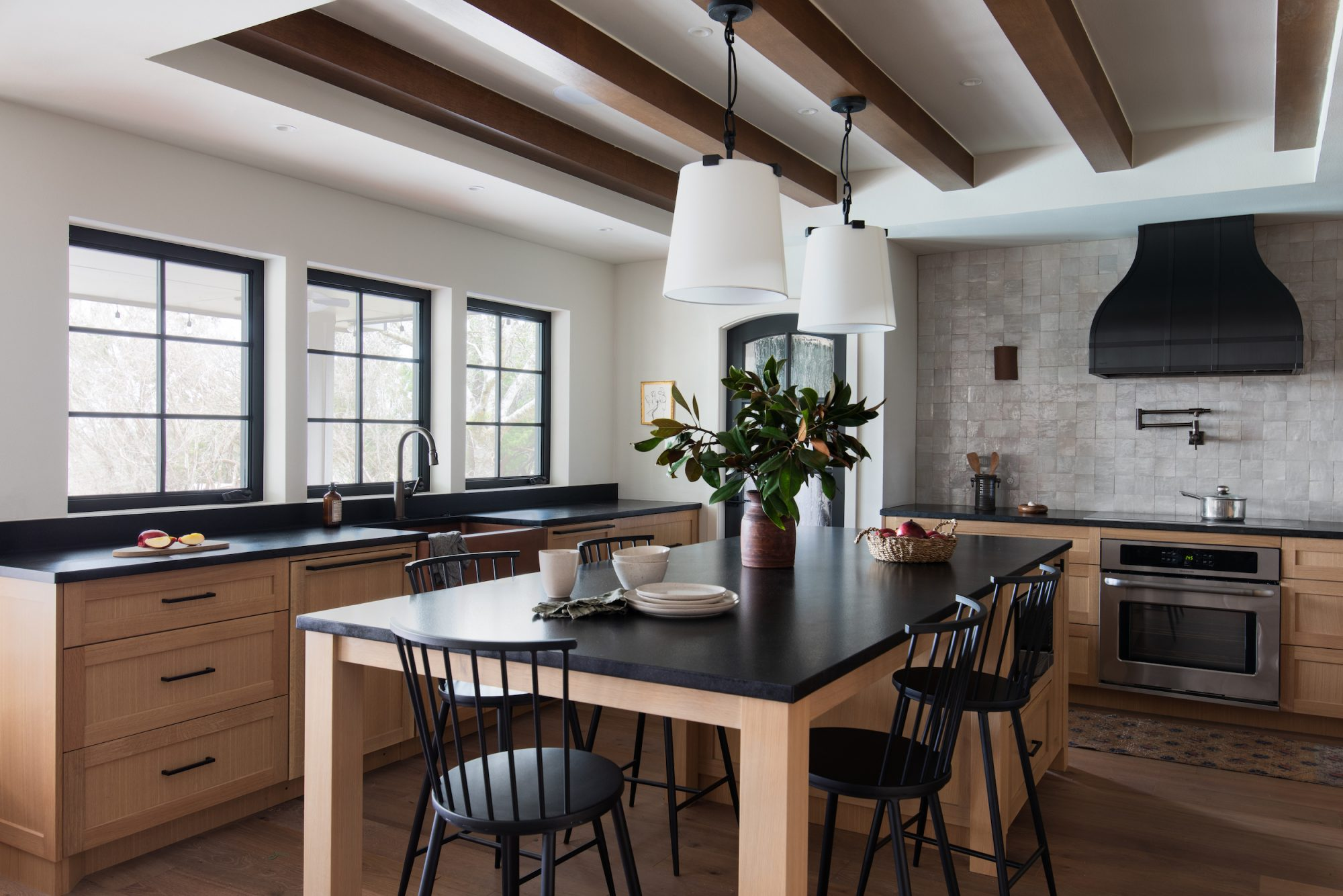 Sarah Stacey, Kitchen Makeover in wood tones and black
