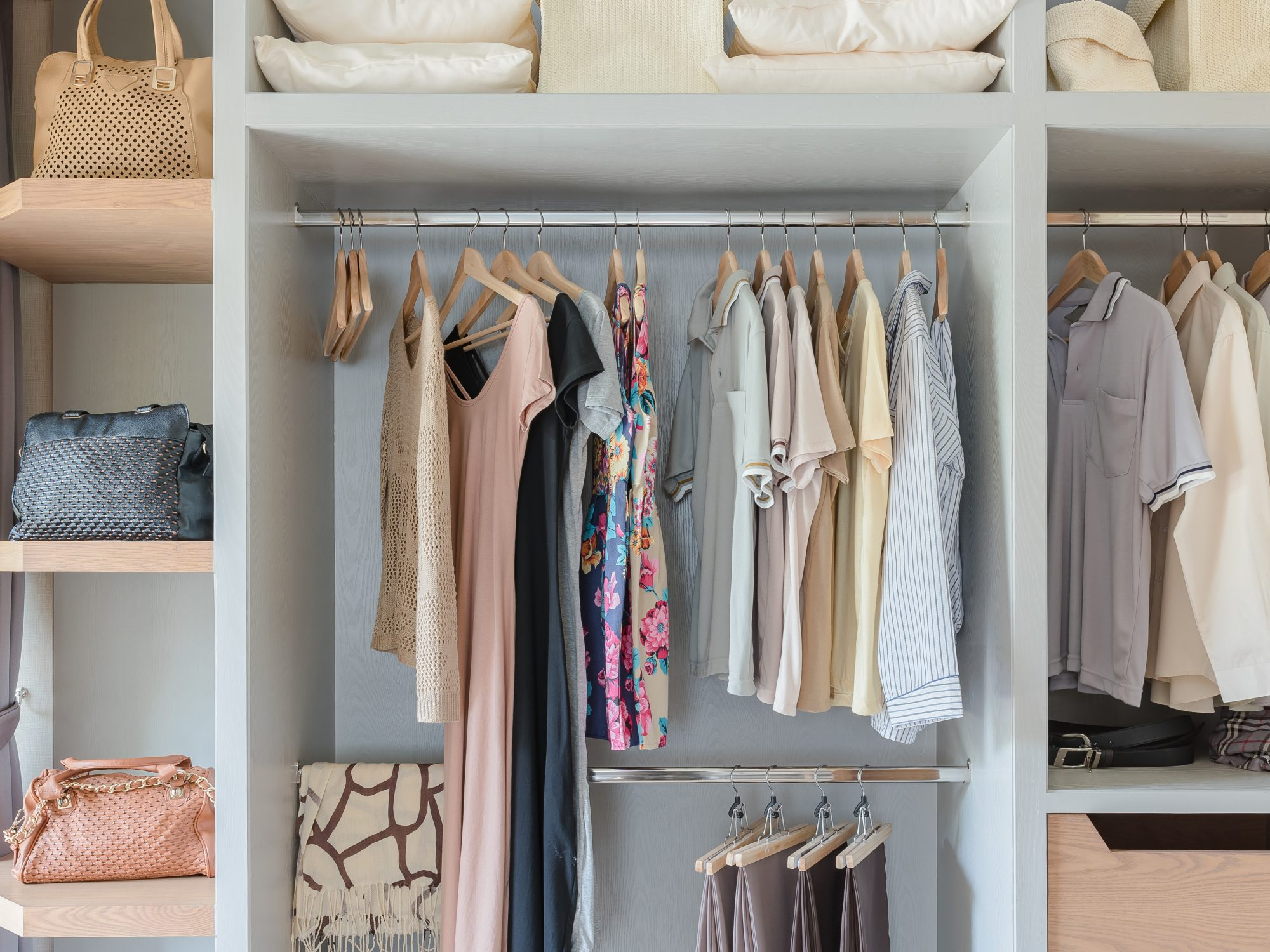 How to Organize Your Closet in 30 Minutes Flat, tidy closet
