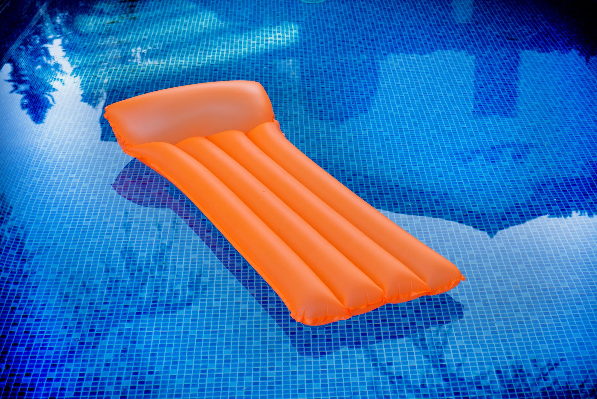 early-retirement: raft in a pool