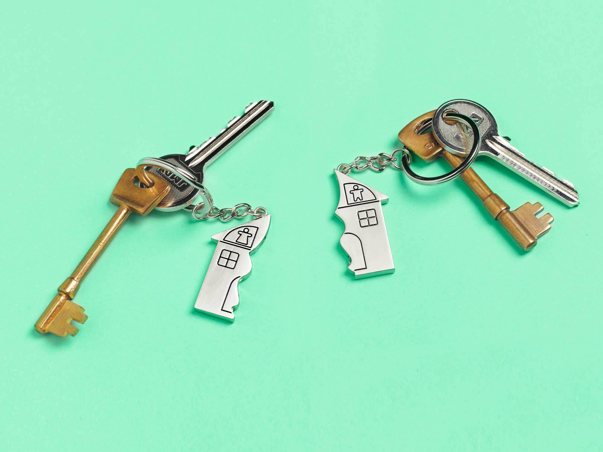 What My Divorce Taught Me About Minimalism: house keys