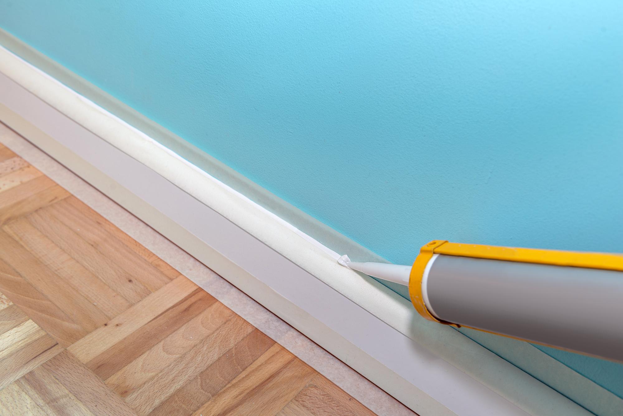 How to Prep Walls for Painting, Caulk