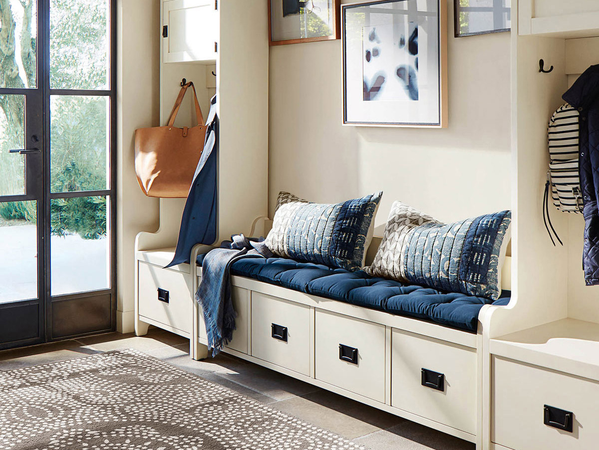 entryway-ideas: built-ins with bench
